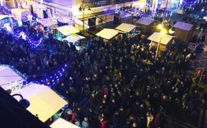 Grande successo di pubblico la prima edizione della Corrida di Checco nei Mercatini a Cirò Marina