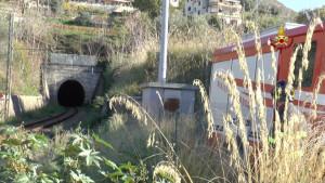 Incidente ferroviario nel cosentino, deraglia treno tra Cosenza e Paola (1)
