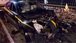 Incidente stradale, coinvolte una l'Alfa Romeo della Guardia di Finanza ed una Jeep Cherokee