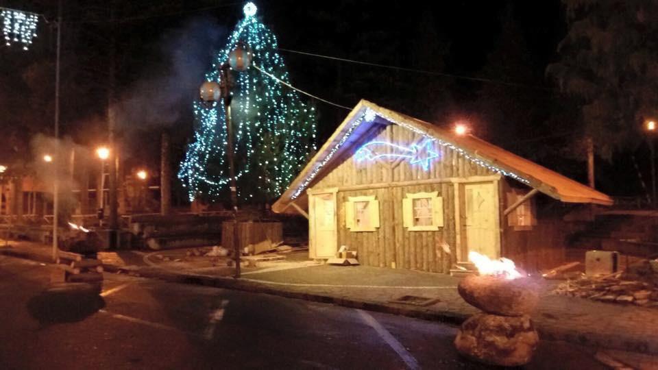 Casa Di Babbo Natale.La Casa Di Babbo Natale E Della Befana Aprira Il 23 Dicembre