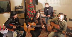 La band crotonese, gli Stil Novo duettano con Leda Battisti la canzone Natale è qui