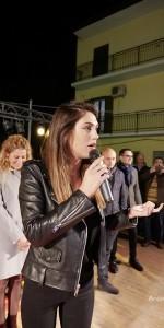 Mercatini di natale a Mirto Crosia, la Rodriguez in un contesto magico (9)
