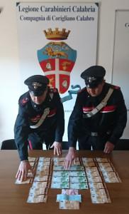 Nascondevano tremila euro falsi nell'auto, i Carabinieri arrestano due donne ed un uomo (3)
