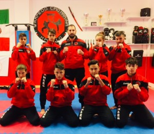 Otto Ragazzi della Warpedo Cirò Marina al loro primo debutto nelle Mixed Martial Art