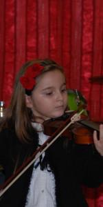Saggio di Natale con i piccoli musicisti della Scuola di Musica Vivaldi di Cirò Marina (12)