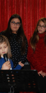 Saggio di Natale con i piccoli musicisti della Scuola di Musica Vivaldi di Cirò Marina (17)