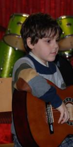 Saggio di Natale con i piccoli musicisti della Scuola di Musica Vivaldi di Cirò Marina (18)