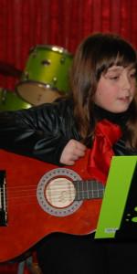 Saggio di Natale con i piccoli musicisti della Scuola di Musica Vivaldi di Cirò Marina (31)