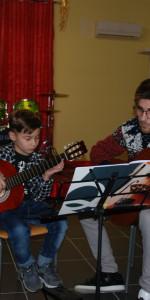 Saggio di Natale con i piccoli musicisti della Scuola di Musica Vivaldi di Cirò Marina (7)