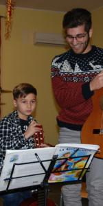 Saggio di Natale con i piccoli musicisti della Scuola di Musica Vivaldi di Cirò Marina (8)