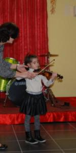 Saggio di Natale con i piccoli musicisti della Scuola di Musica Vivaldi di Cirò Marina10