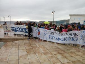 Terza giornata nazionale Liltwalking, in 750 sfidano la pioggia per la camminata della salute a Crotone (1)