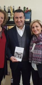 Amori regalati di Olimpio Talarico nella sede dell'associazione culturale Salotti di Vini (1)