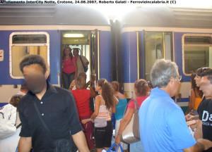 Il dramma dell'emigrazione calabrese nulla è cambiato, tranne i mezzi di trasporto (2)