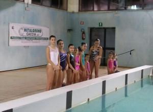 La squadra dei NuotatoriKrotonesi, unica formazione di nuoto sincronizzato in Calabria (2)
