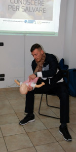 Otto nuovi operatori di Primo Soccorso BLSD con l'utilizzo del defibrillatore formati a Cirò Marina (35)