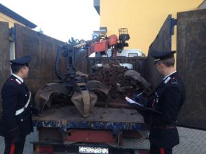 Si spacciavano per addetti ai lavori delle Ferrovie e rubano 10 quintali di bulloni, 4 arresti