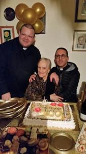 Zia Rosina compie 100 anni, è la nonna più anziana di Cirò (5)