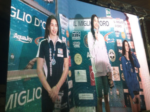 Napoli, Ilaria Fonte sul podio sotto l'attento sguardo del ct della nazionale