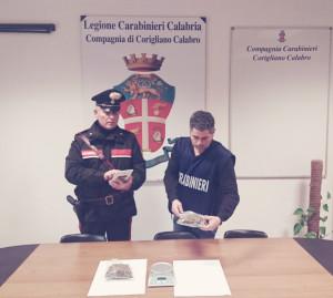 Nasconde la Droga nella spazzatura ma i Carabinieri lo scoprono, arrestato con oltre 200 gr di marijuana